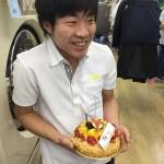 スタッフの誕生日をお祝いすることは楽しい!!